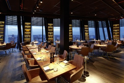 CLOUDS_Restaurant_041