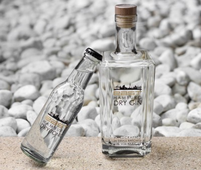 east DRY GIN & Tonic